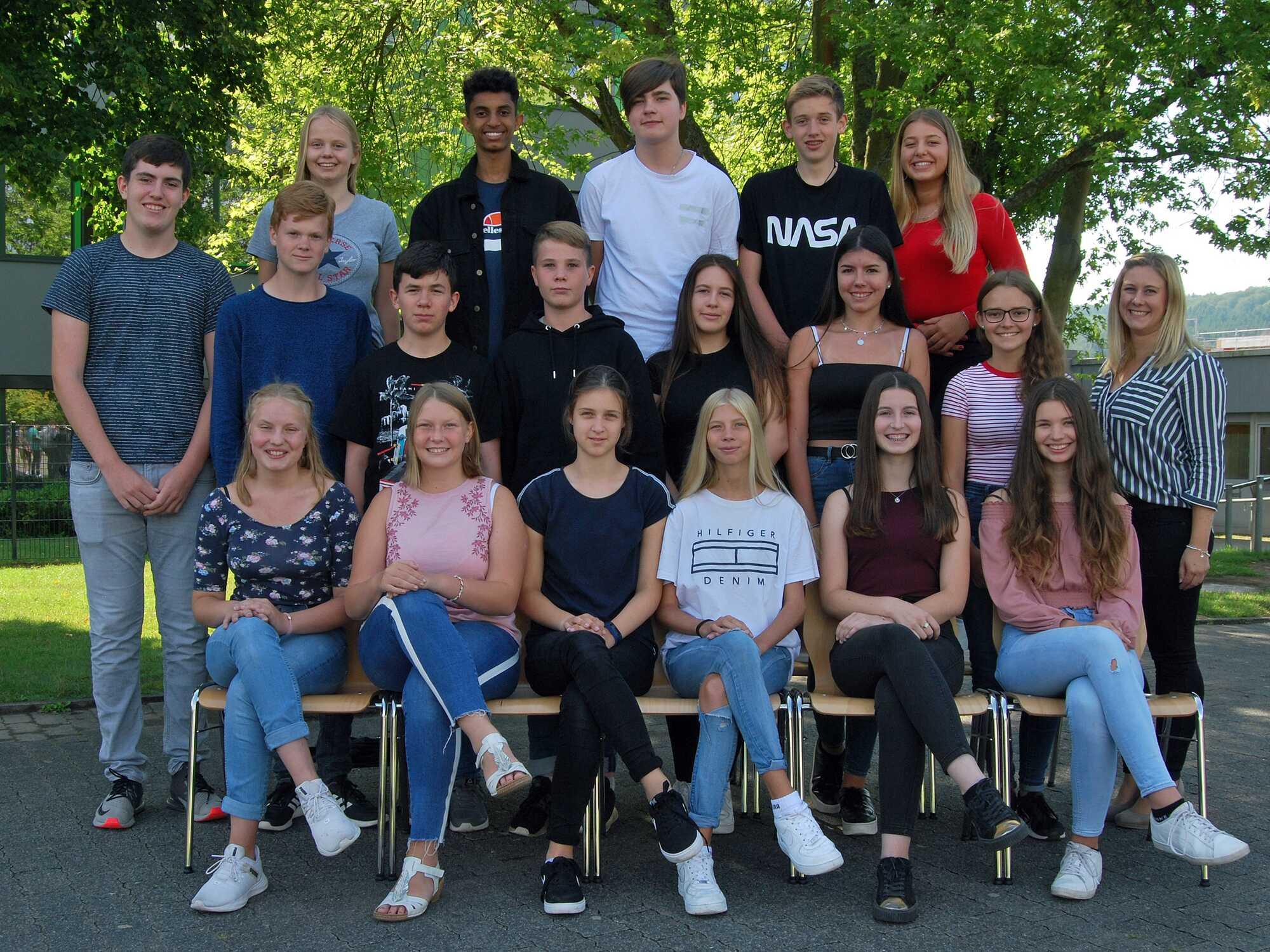 Klasse 10b - Frau Neubauer