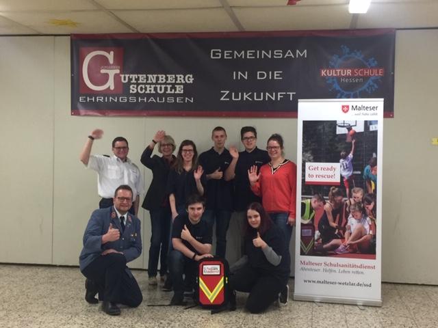 Gutenberg-Schüler lernen Helfen