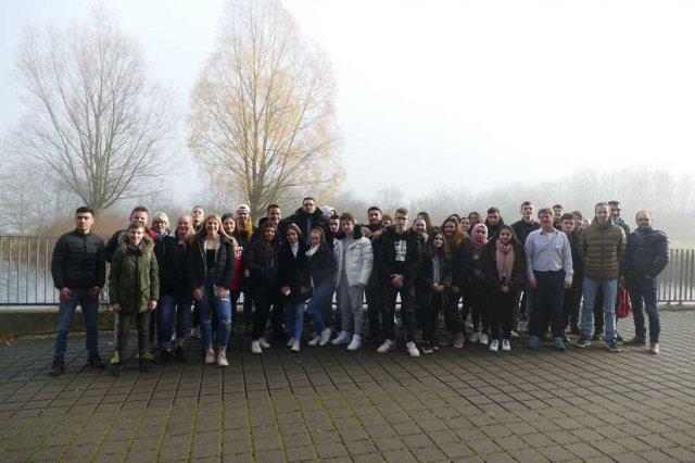 Gutenberg-Schüler lernen an der Uni Gießen