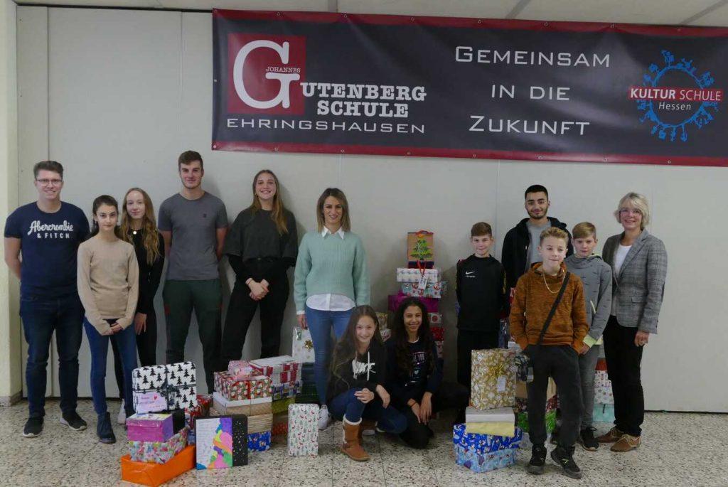 Über 70 Weihnachtspäckchen gehen wieder auf die Reise